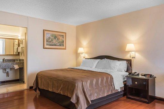 Dickson, TN: Guest room