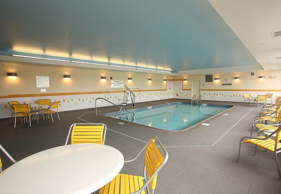 East Grand Forks, MN: Indoor Pool