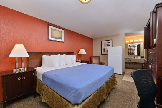 Americas Best Value Inn I-45 North Houston: One King Bed Guest Room