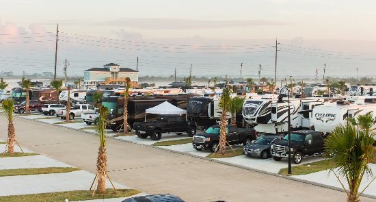 Galveston Island, TX: A view of our north facilities and pull through spaces.