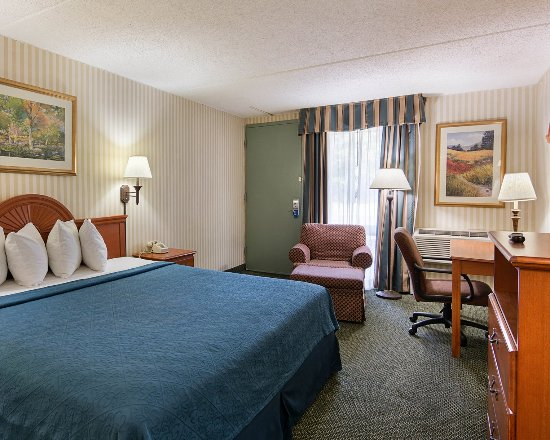 Camp Springs, MD: Guest room