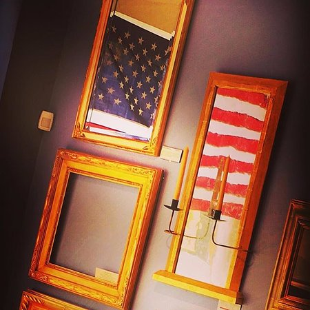 Berryville, VA: Frames, Mirrors and more made in the Studio