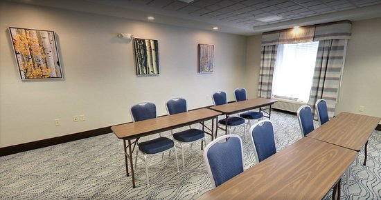 Jackson, MI: Meetings from 1-30 in our Executive Meeting Room