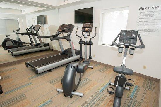 Roslyn, NY: Fitness Center