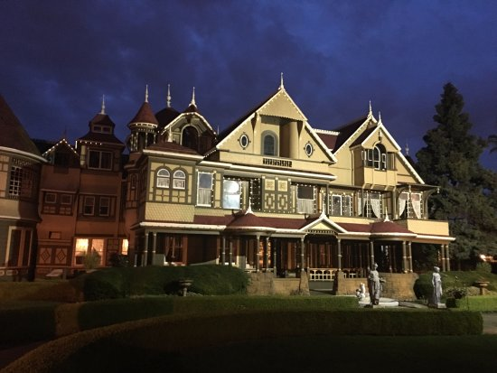 Winchester Mystery House: Winchester