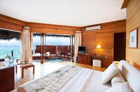 Raa Atoll: Water Guest Villas