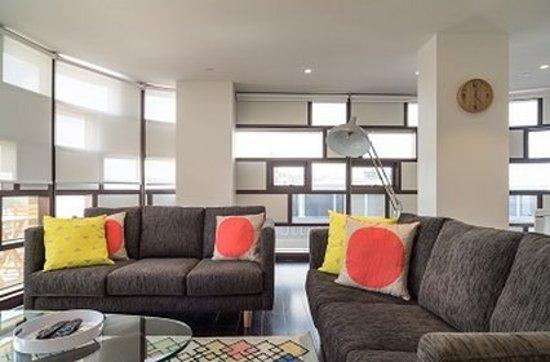 Prahran, Australia: Living Area Guest Room