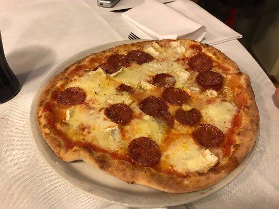 Pizzeria - Gelateria Ristorante Polin : diavola con brie