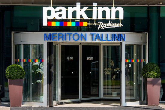 Park Inn by Radisson Meriton Conference & Spa Hotel Tallinn: TLLPMDoor