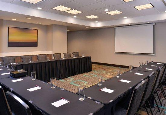 Cedar Rapids, IA: Hawkeye Meeting Room - U-Shape Set-Up