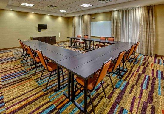 Jackson, TN: Casey Jones Meeting Room - U-Shape Setup
