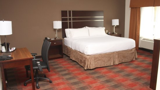 LaVale, MD: Featuring a sofa bed, our suite is the perfect place to relax.