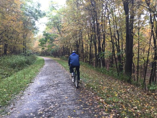 LaVale, MD: The GAP hiking and biking trail is just 5 miles away!