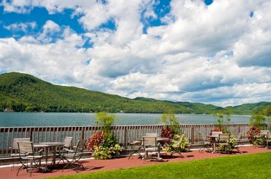 Lake Morey Resort: Lakefront Patio