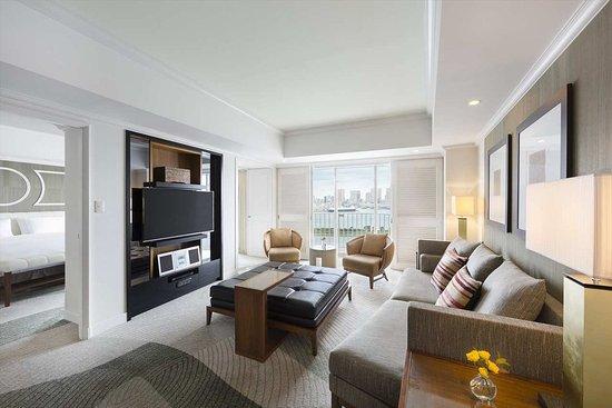 Hilton Tokyo Odaiba: King One-bedroom suite