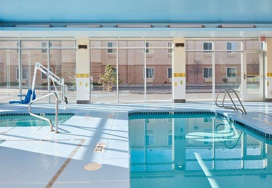 Rawlins, WY: Indoor Pool & Hot Tub
