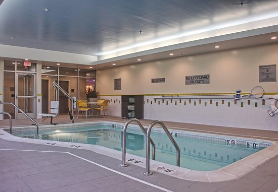 Reading, PA: Indoor Pool