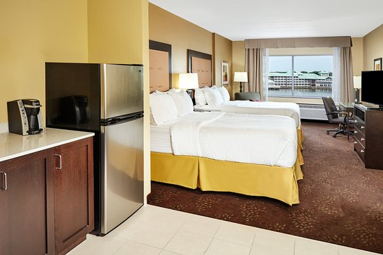 Holiday Inn Express & Suites Sandusky