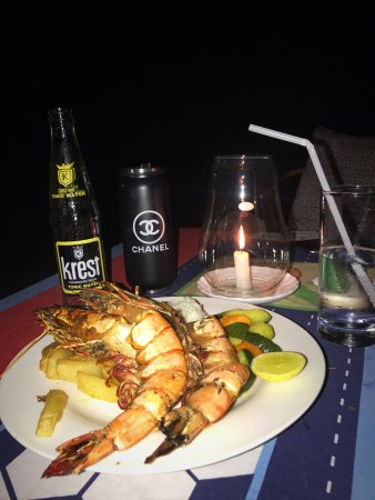 Baraka Beach Resturant: photo0.jpg