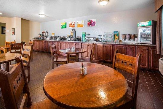 Alpine, TX: Breakfast Area