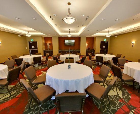 Holiday Inn Express Plymouth, MI - Ann Arbor Area Meeting Room