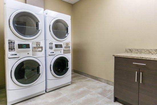 Nisku, Canadá: Laundry