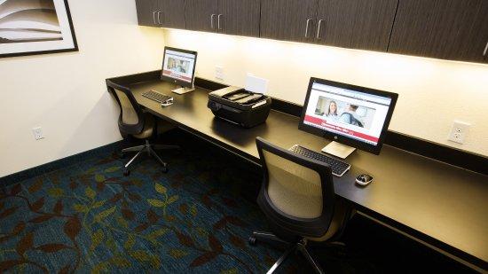 Overland Park, KS: Business Center