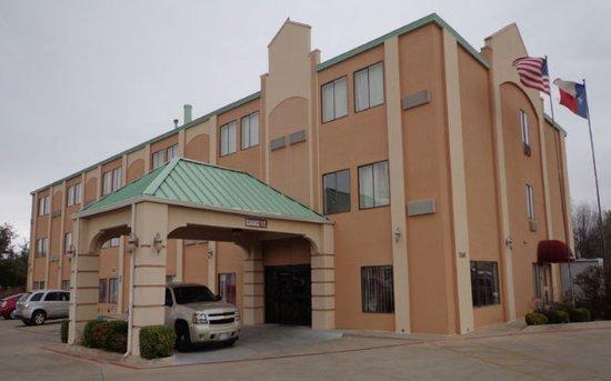 Americas Best Value Inn & Suites-Abilene Mall : Exterior