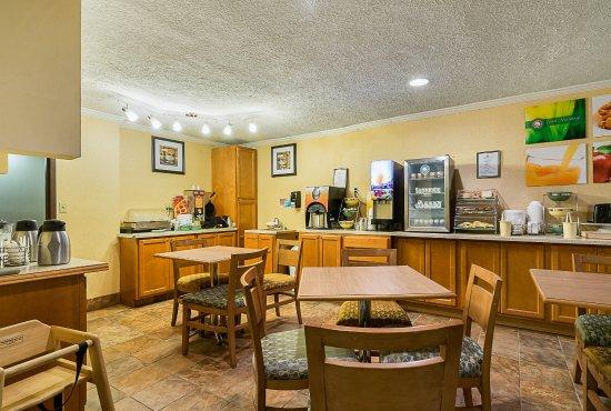 King George, VA: Breakfast Seating