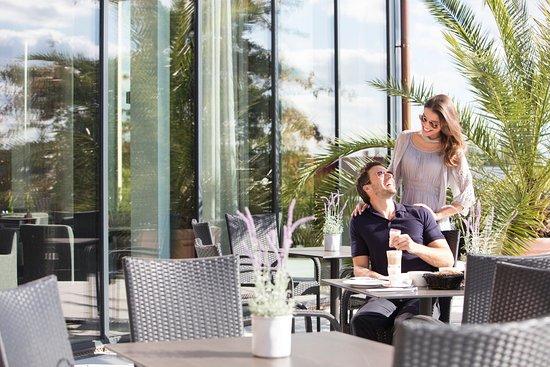 terrace bild von vital hotel frankfurt hofheim am taunus tripadvisor. Black Bedroom Furniture Sets. Home Design Ideas