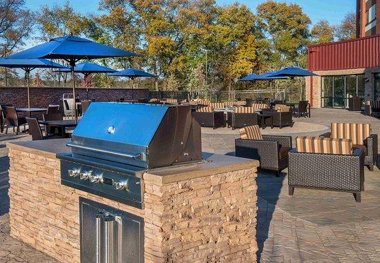 Shippensburg, PA: Barbecue Area