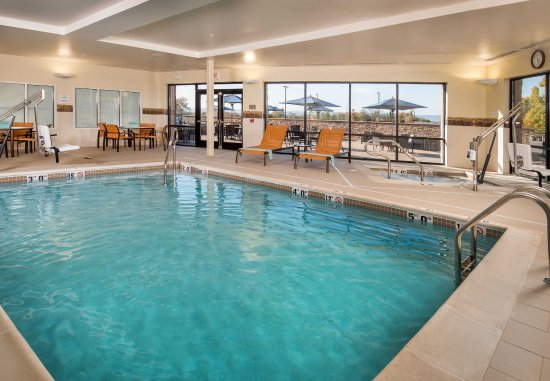 Shippensburg, Пенсильвания: Indoor Pool