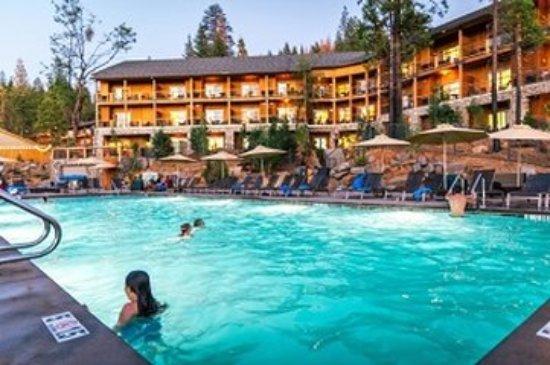 Groveland, Californië: Rush Creek Pooland Guest Lodge (Kim Carroll )