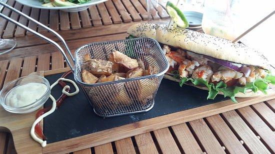 Le Marin, Martinica: hamburger à la langouste