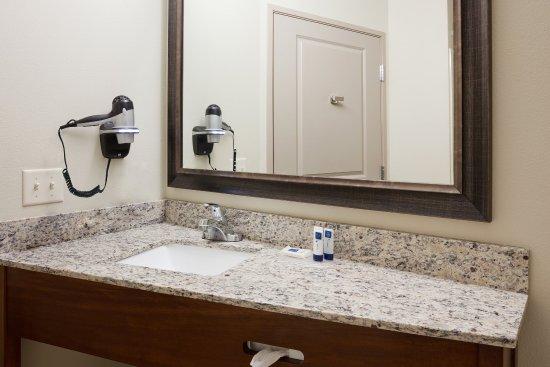 Americ Inn Sibley Vanity