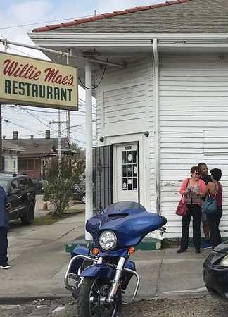 Photo of American Restaurant Willie Mae's Scotch House at 2401 Saint Ann St, New Orleans, LA 70119, United States