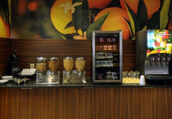 Princeton, Batı Virjinya: Breakfast Buffet