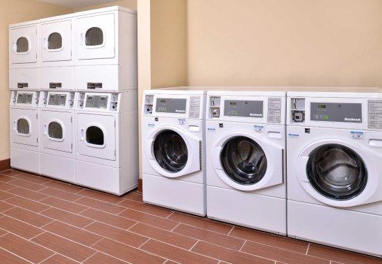 Novi, MI: Guest Laundry