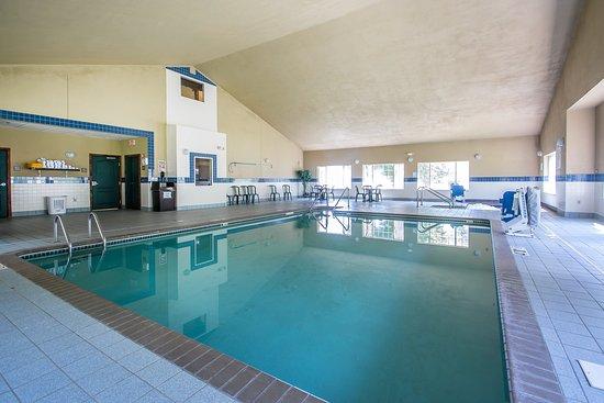 East Troy, WI: Pool