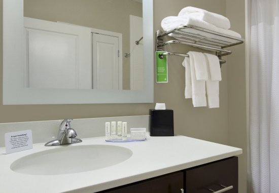 Harvey, LA: Guest Bathroom - Vanity
