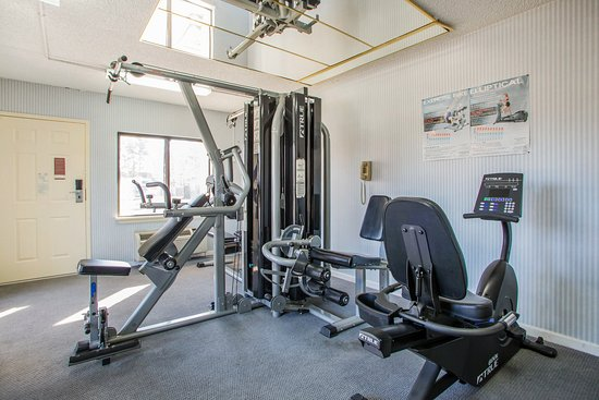 Rodeway Inn: Fitness Center