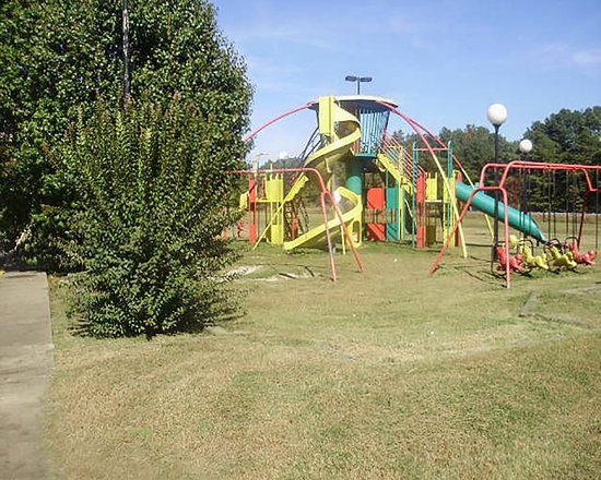 Rodeway Inn: Play area