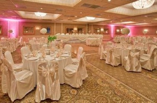 Clayton, MO: ballroom
