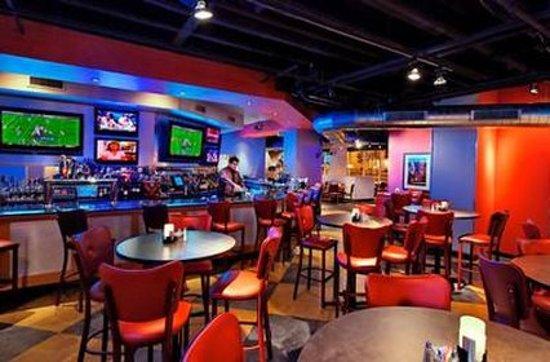 Clayton, MO: bar