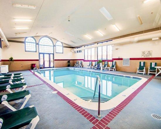 Blacksburg, VA: Our Indoor Swimming Pool