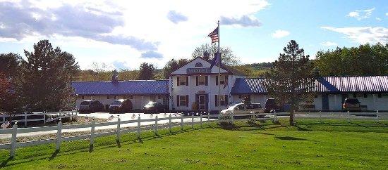 Farmington, Maine: Exterior