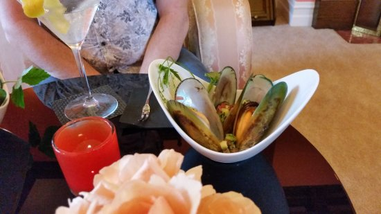 The Masters Lodge: Green lipped mussels