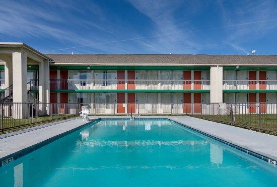 Arkadelphia, AR: Pool