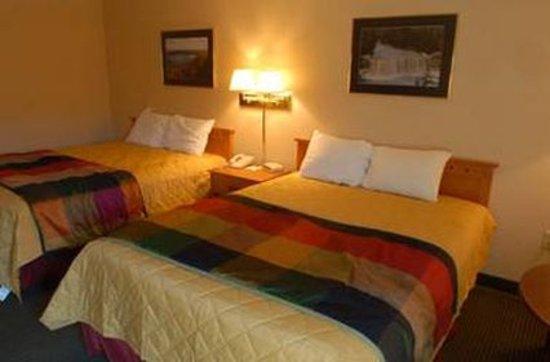 Brimley, MI: Twin Bed Guest Room
