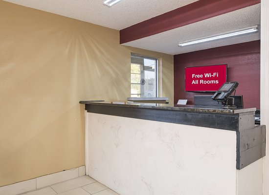 Acworth, GA: Front Desk